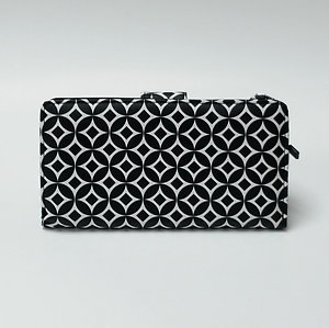 Mundi Black & White Wallet Clutch Credit Card Holder Boxed Classic Asst